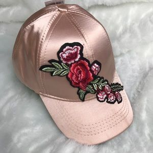 Accessories - Brim floral print satin